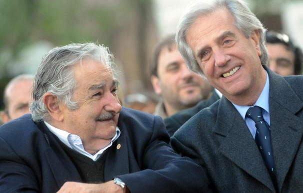 Mujica se reúne mañana con Vázquez para la transición de Gobierno en Uruguay