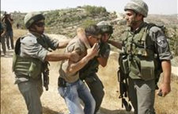 El presidente Mahmud Abás condena la muerte de 2 palestinos en una redada israelí en Cisjordania