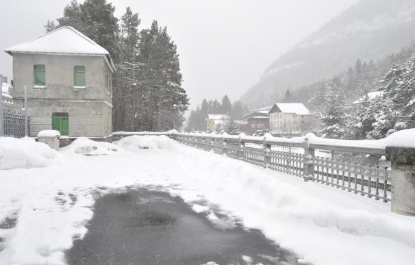 Aviso amarillo por nevadas en el Pirineo y viento en las tres provincias aragonesas