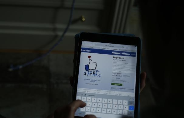 Facebook ya permite buscar imágenes describiendo su contenido gracias a la Inteligencia Artificial