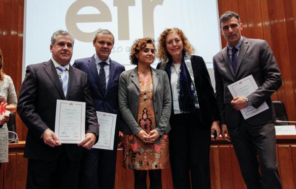 Hidraqua, Aigües D'Elx Y Agamed reciben el certificado EFR por su compromiso con la conciliación familiar