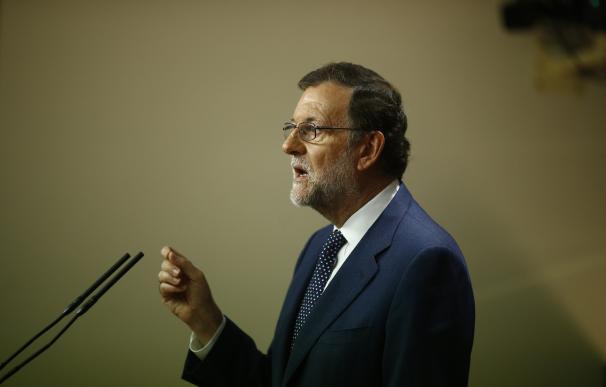 """Rajoy exige respeto a la Ley porque saltársela es """"inaceptable"""" e insiste en ofrecer diálogo al Gobierno catalán"""