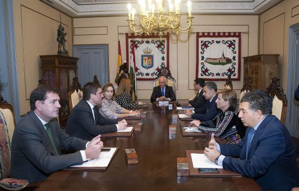 El Consejo de Gobierno se reunió en 50 sesiones en 2016 y aprobó 622 expedientes
