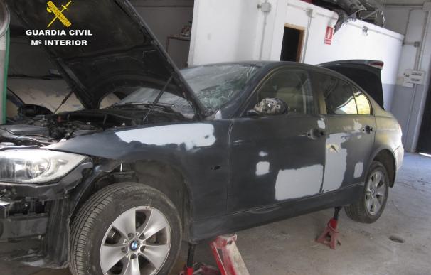 Tres detenidos por manipular los números de bastidor de coches robados en talleres clandestinos