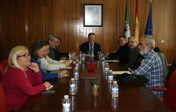 """Primo Jurado tiende la mano a la Federación AAVV Al-Zahara para una colaboración """"fluida e inmediata"""""""