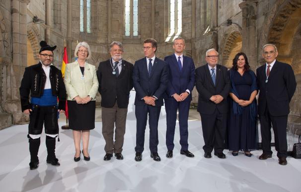 """Feijóo llama a defender la UE integradora frente a los """"dogmáticos"""", en la entrega de las Medallas Castelao"""