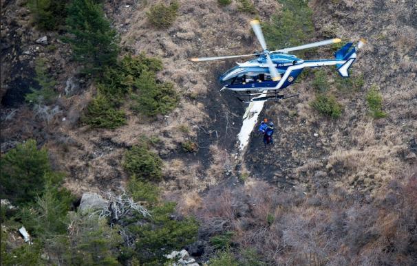 Uno de los pilotos del avión de Germanwings estaba fuera de la cabina de mando antes del accidente