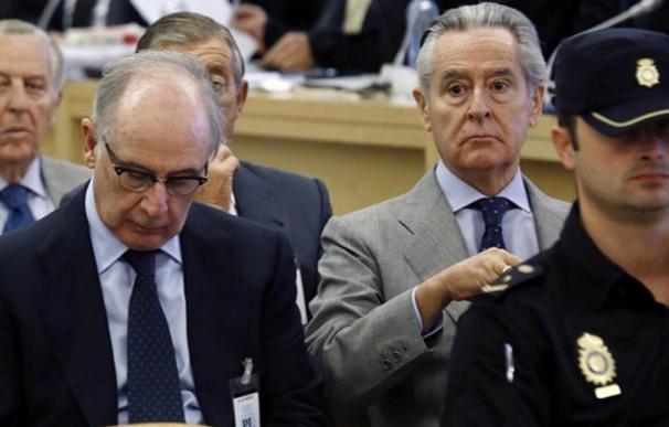 El juez concluye que Blesa actuó al margen de la Ley y desvirtuó la práctica que Rato continuó en Bankia