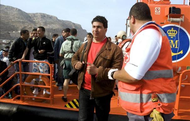 Interceptados en unas horas 84 inmigrantes que trataban de llegar a España