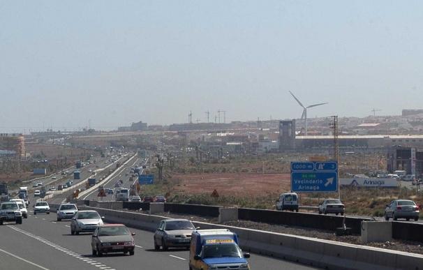 Detienen a un conductor que huyó de un control a 200 km/h en Gran Canaria disparando a las ruedas