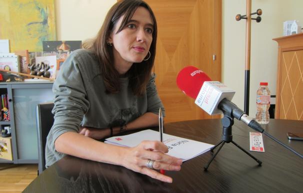 La alcaldesa de Santa Coloma no le disputará a Iceta la candidatura del PSC a la Presidencia de la Generalitat