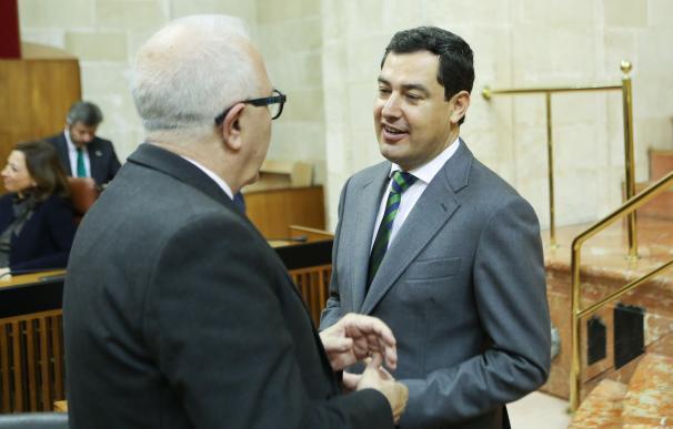"""Juanma Moreno """"echa de menos"""" un gobierno autonómico dedicado """"al cien por cien"""" a los andaluces"""