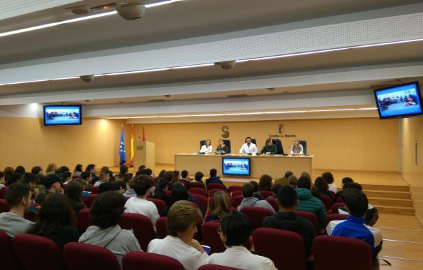 La Junta pone en marcha una Consulta Joven en Valdepeñas para impulsar la promoción de la salud entre estudiantes