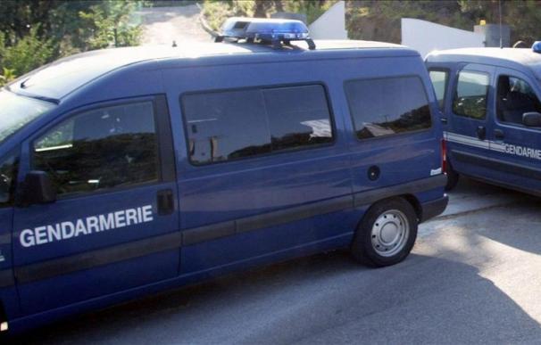 Un herido grave en un atentado con bomba junto a una comisaría en Córcega