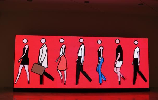 """El universo minimalista de Julian Opie seduce con la estética del """"logotipo"""" en el Centro Cultural Bancaja"""