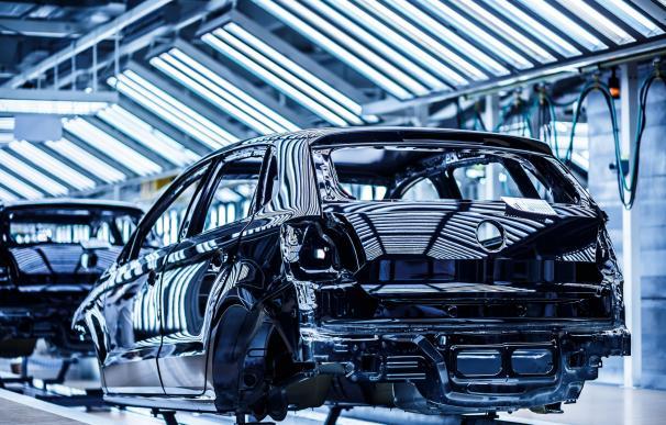 La fabricación de vehículos en España supera hasta abril el millón de unidades por primera en doce años