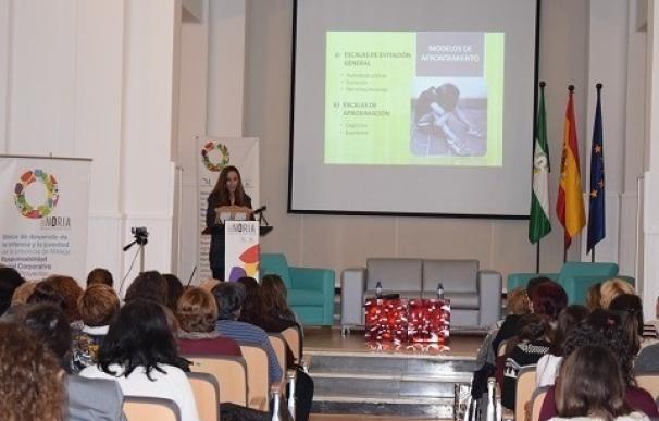 Más de una centena de profesionales se reúnen en La Noria para abordar la prevención del abuso sexual infantil