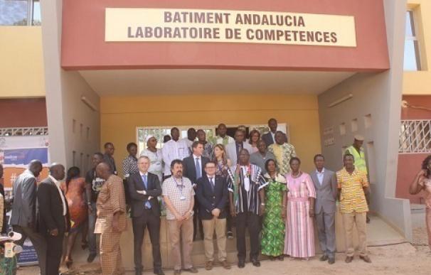 En marcha en Burkina Faso el laboratorio 'Andalucía' para una mejor formación de profesionales de salud