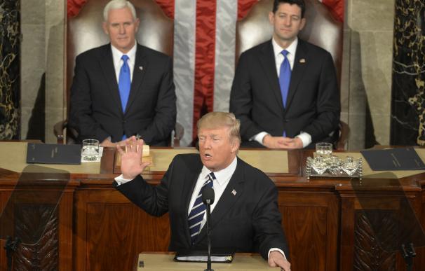 El 45º presidente estadounidense, Donald Trump, da su primer discurso en en el Congreso