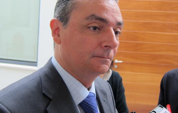 Navarro (CEV) apuesta por la intervención del Ejército si no hay acuerdo con los estibadores