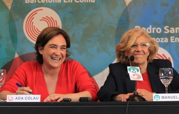 Las alcaldesas de Madrid y Barcelona, Manuela Carmena y Ada Colau.