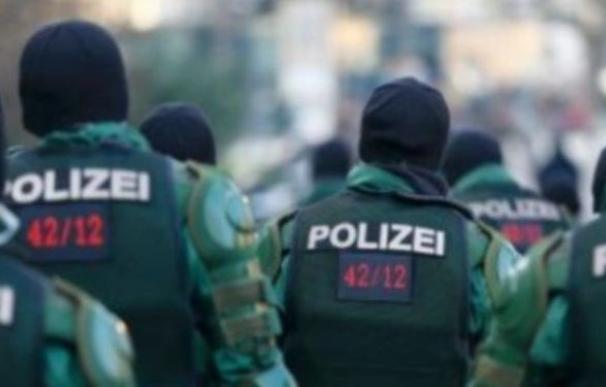 La Policía busca a un hombre en bicicleta que dispara ácido a mujeres con una pistola de agua en Berlín