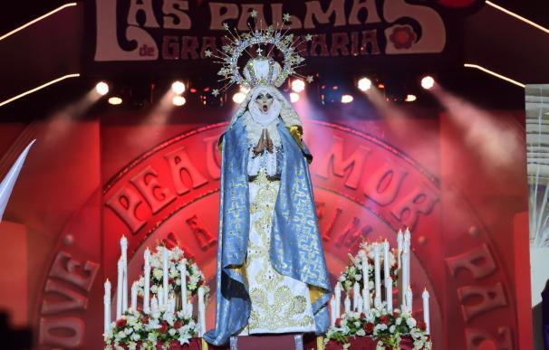 """El obispo de Canarias critica la """"frivolidad blasfema"""" de la virgen 'drag' de Las Palmas de Gran Canaria"""