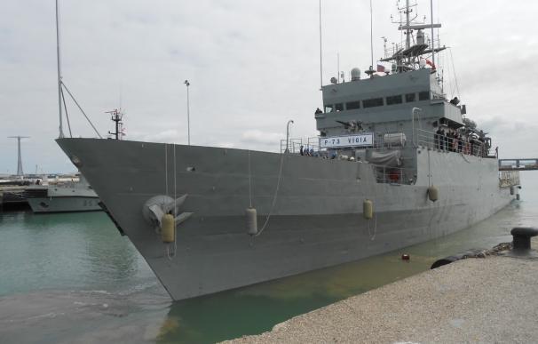 El patrullero de la Armada 'Vigía' parte de la costa gaditana para iniciar operaciones de seguridad en África