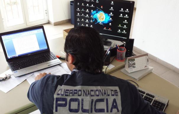 Detenido un hombre en Linares por presunta corrupción de menores y distribución de pornografía infantil