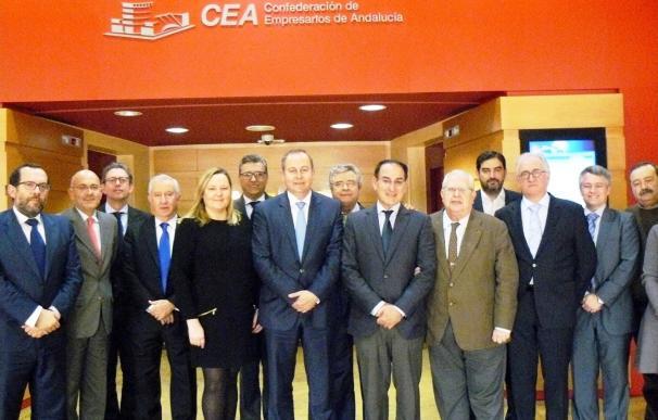 """CEA y CAEA analizan las """"amenazas"""" legislativas para el sector de la distribución alimentaria en Andalucía"""