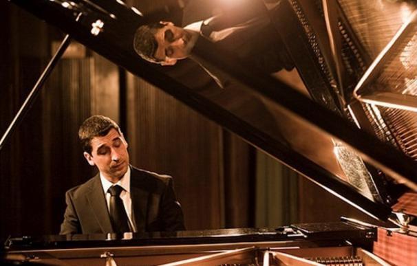 El pianista Ángel Sanzo ofrece este sábado un recital en la Sala Unicaja de Conciertos María Cristina