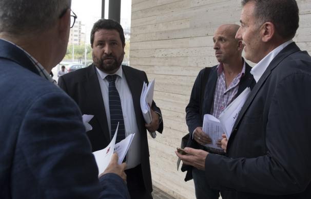 La Diputación exige la convocatoria del Consejo del Hospital Provincial para que Montón revoque los despidos