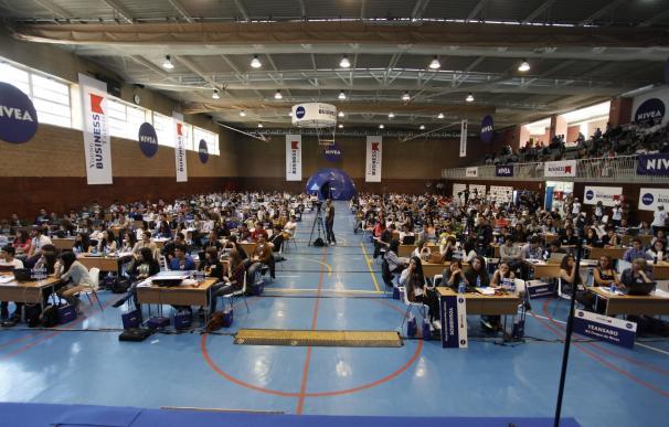 Alumnos de toda España compiten por convertirse en los mejores empresarios virtuales del país