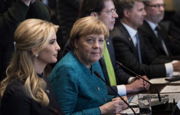 Ivanka Trump acepta la invitación de Merkel para el W-20, el foro de mujeres del G-20