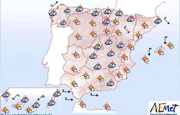Mañana cielos nubosos en Galicia y despejado resto península y Baleares
