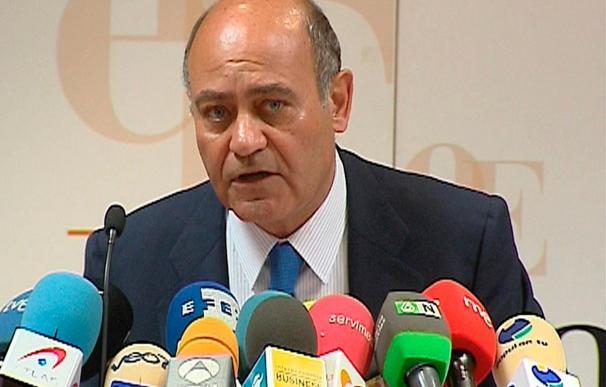 Díaz Ferrán ve necesarias las medidas de ajuste, pero pide no recortar la inversión