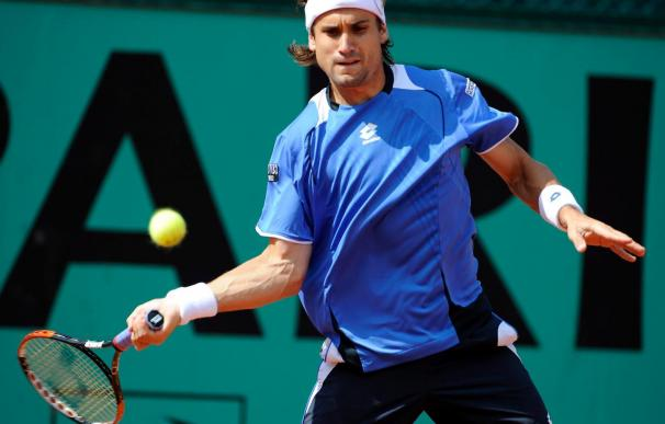 Ferrer avanza a tercera ronda de Roland Garros, con la retirada de Malisse