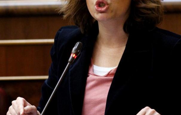 Sáenz de Santamaría cree que ni siquiera va a dar tiempo a presentar una moción de censura