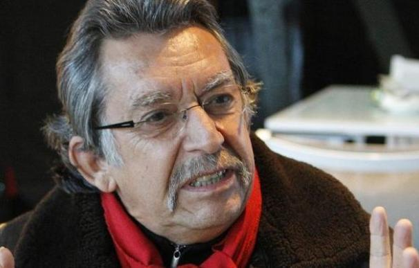 Muere en París el histórico cantautor chileno Angel Parra
