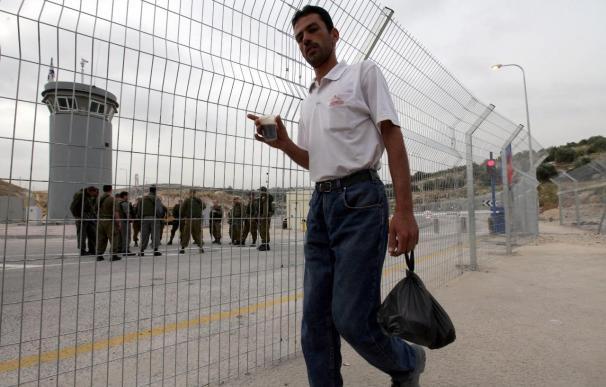 Entre críticas, Israel abre una importante carretera al tráfico palestino