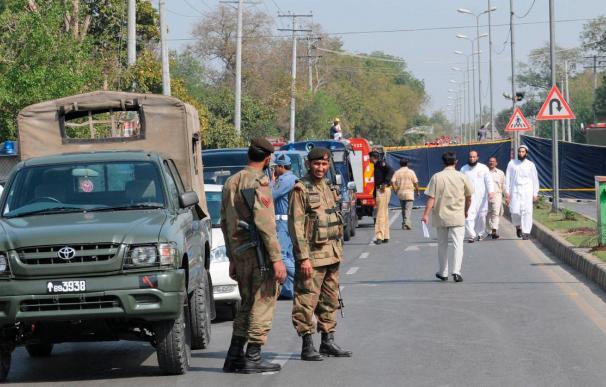 Ataque terrorista en dos mezquitas en Lahore, según canales de TV