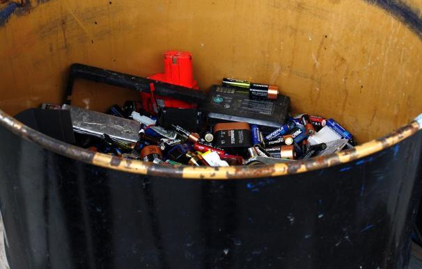 España utiliza 500 millones de pilas y recicla un 18 por ciento