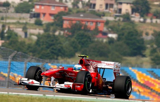Alonso admite que Red Bull es más fuerte y por ello habrá que dar el 110 por ciento