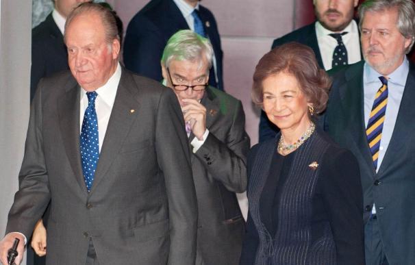 Los Reyes Juan Carlos y Sofía presiden la imposición de la Gran Cruz de la Orden Civil de Alfonso X El Sabio
