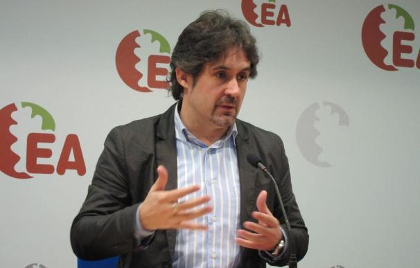 """EA denuncia el intento """"centralizador"""" del PP, que pretende """"volver a la imagen de 'España, una grande y libre'"""""""