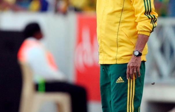 Parreira descarta continuar al frente de Sudáfrica tras el Mundial