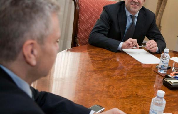 Antich reduce su gobierno de 12 a 10 consellerías en su plan de ajuste