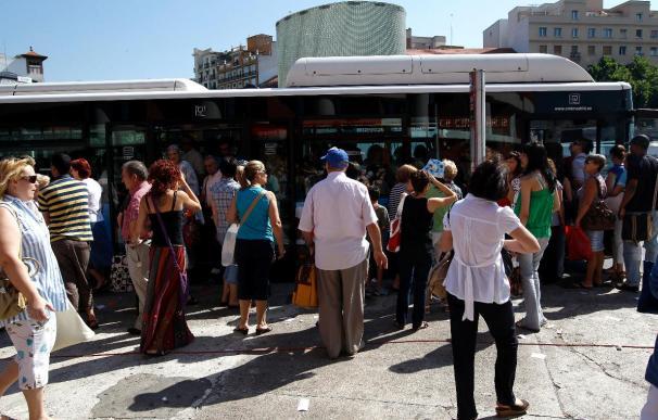 Los trabajadores de Metro cumplirán mañana y el viernes los servicios mínimos