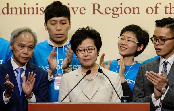 Carrie Lam, la candidata más cercana a China, liderará una Hong Kong dividida