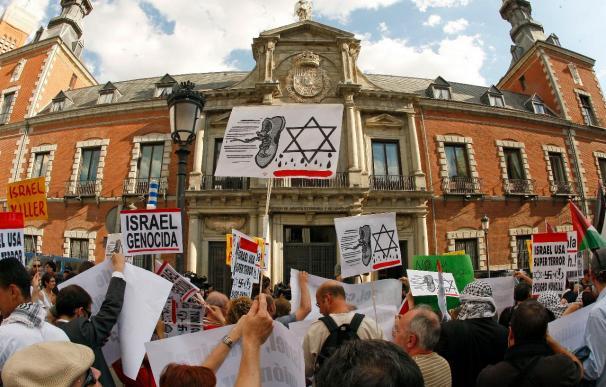 Protestas en varias ciudades contra el ataque israelí a la flota humanitaria